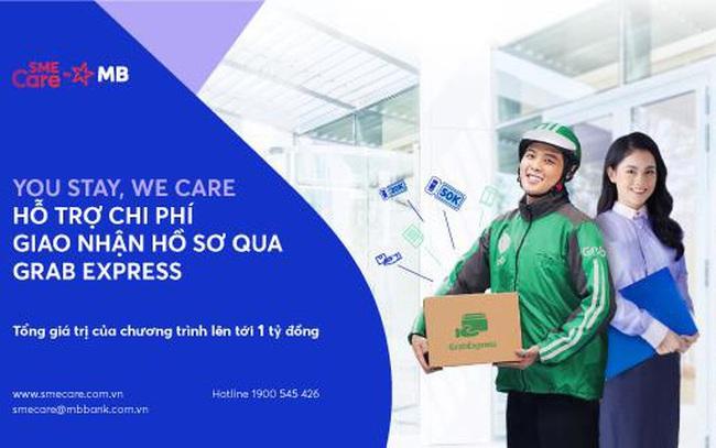 """""""You stay, we care"""" – MB hỗ trợ chi phí giao nhận hồ sơ qua dịch vụ Grab Express"""