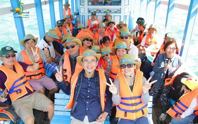 NhaTrangTourist: Đơn vị cung cấp Tour thăm quan du lịch biển uy tín tại Nha Trang  NhaTrangTourist: Đơn vị cung cấp Tour thăm quan du lịch biển uy tín tại Nha Trang 2020 photo 1 15889983752532075750839 84 0 1333 1998 crop 1588998460514 637246216768728750