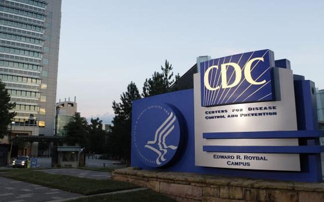 Mỹ khuyến cáo người trên 60 tuổi và bất kỳ ai mắc bệnh mãn tính nên dự trữ thuốc men, nhu yếu phẩm để ở yên trong nhà