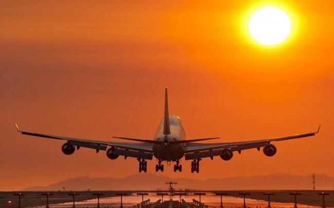 Nhóm ngành hàng không đối diện rủi ro lớn nếu dịch bệnh tiếp tục kéo dài
