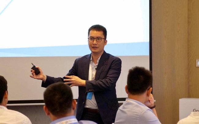 Ông Nguyễn Thanh Sơn chia sẻ hướng dẫn làm việc ở nhà cho nhân viên: Hãy nhớ bạn đang làm việc từ xa, chứ không phải nghỉ ở nhà và kết hợp làm việc
