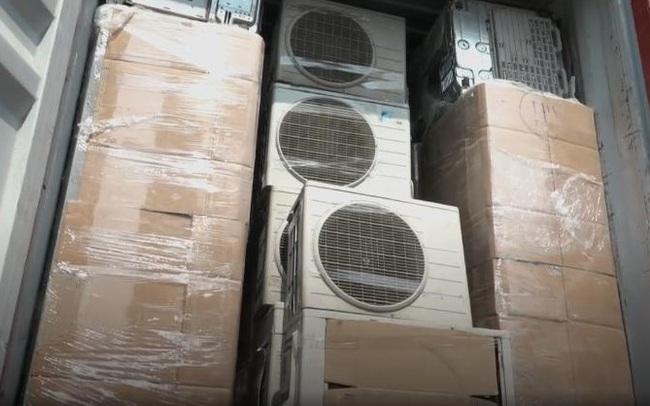 Phát hiện gần 380 thiết bị điện tử nhập lậu đã qua sử dụng chưa xác định chủ sở hữu tại TP. Hồ Chí Minh