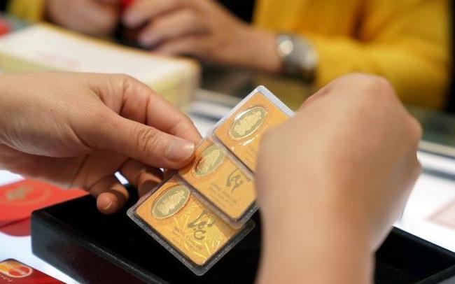 Giá vàng trong nước tăng vọt 1 triệu đồng/lượng ngay khi mở cửa