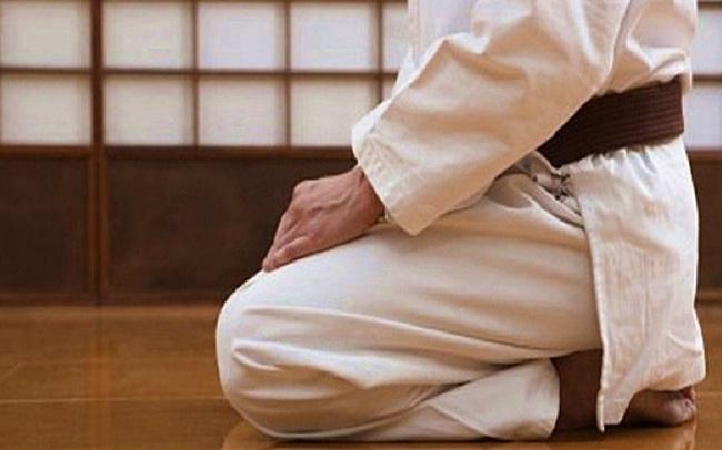 Kiên trì tập quỳ gối 15 phút/ngày: Cơ thể có tới 3 sự thay đổi khác hẳn chỉ sau 3 tháng