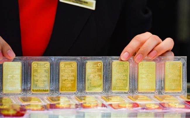 Tăng dựng đứng, giá vàng vượt mốc 48 triệu đồng/lượng