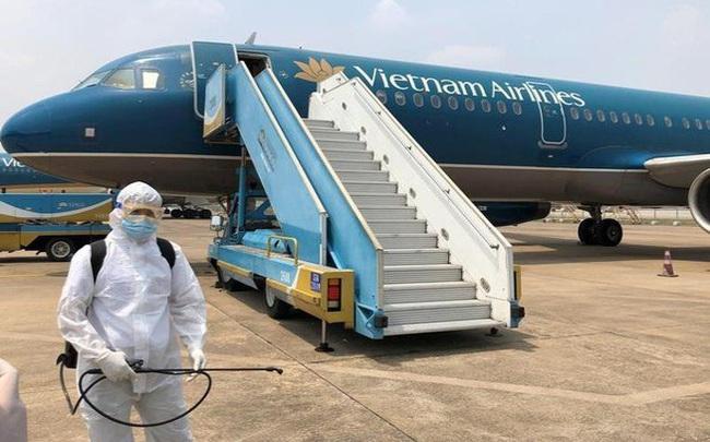 Vietnam Airlines ước lỗ gần 7.500 tỷ đồng sau nửa đầu năm