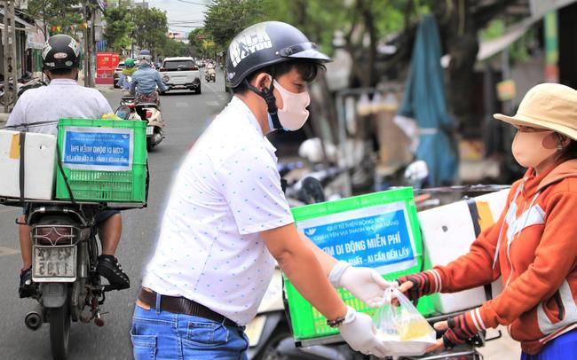 Ấm lòng những suất cơm miễn phí ship tận nơi cho người nghèo ở Đà Nẵng trong mùa dịch Covid-19