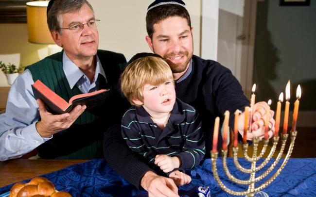 """Quy tắc """"phụ huynh 80 điểm"""" của cha mẹ Do Thái: Cách bồi dưỡng nên những đứa trẻ thiên tài"""