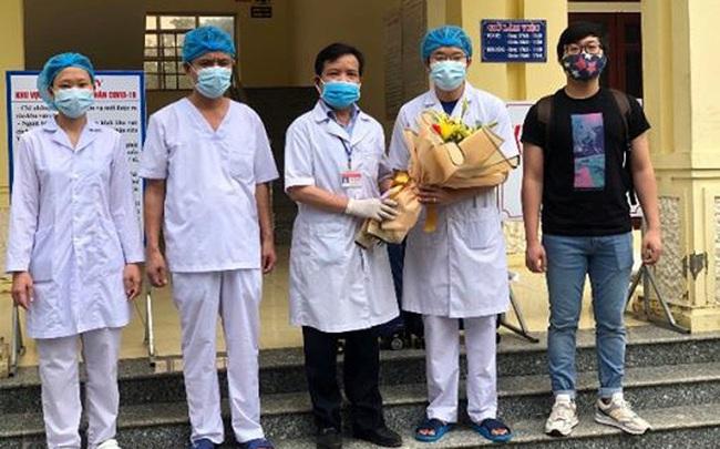 Thêm 5 bệnh nhân mắc COVID-19 được công bố khỏi bệnh