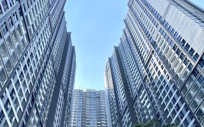 """Có nên """"siết"""" bất động sản cao cấp hay để thị trường tự điều tiết?"""