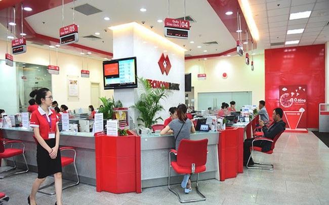 Làm sao ngăn ngừa ngân hàng đối thủ lôi kéo khách hàng gửi tiền?