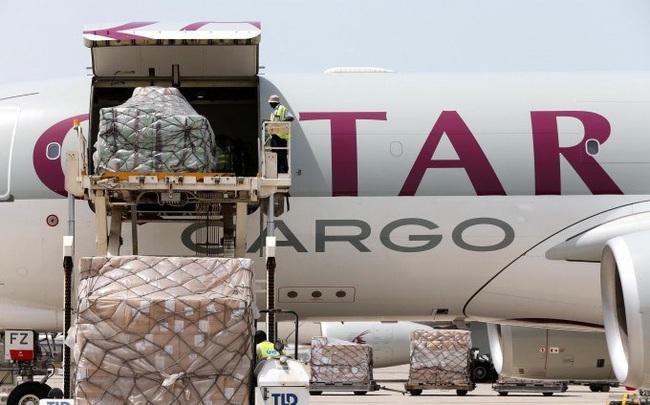 Qatar Airways Cargo lập đường bay thẳng Việt Nam - Pháp, đưa hơn 2.000 tấn khẩu trang, thiết bị y tế sang hỗ trợ Chính phủ Pháp