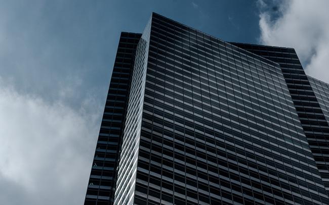 1.000 tỷ USD vốn hóa bị thổi bay, cổ phiếu ngân hàng khiến bóng ma khủng hoảng 2008 ám ảnh nhà đầu tư phố Wall
