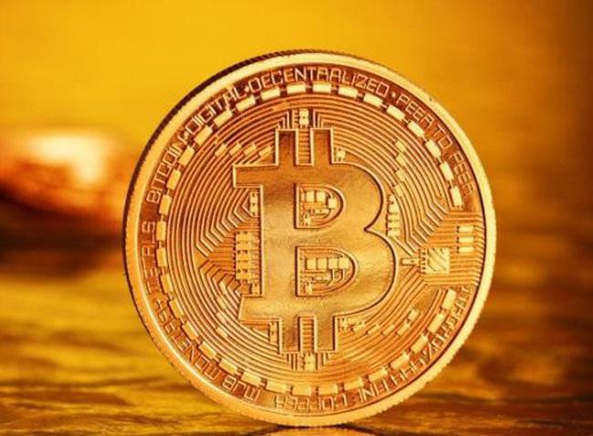 15 phút 'sinh tử' khiến Bitcoin 'bốc hơi' 8 tỷ USD vốn hóa