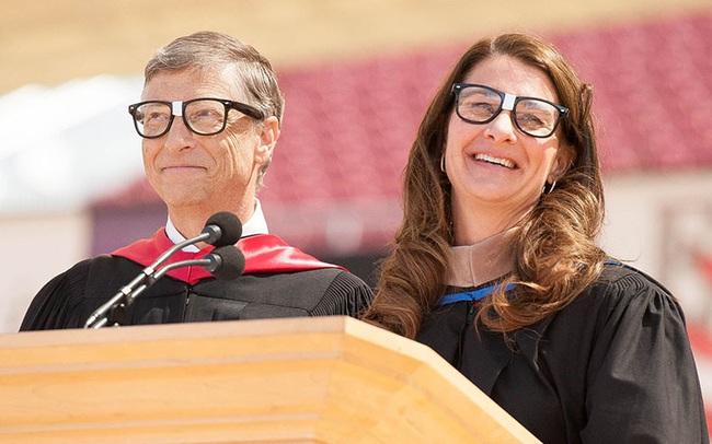 Lời nhắn nhủ từ vợ chồng Bill Gates tới các sinh viên tốt nghiệp năm 2020: Thời điểm này không hề dễ dàng, nhưng các bạn sẽ vượt qua và thay đổi thế giới