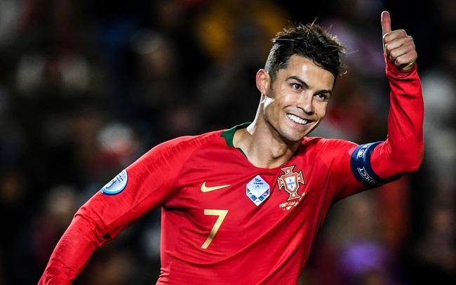 """Viện Brookings: Phía sau điểm chung thú vị của """"hai ngôi sao"""" - kinh tế Việt Nam và Cristiano Ronaldo"""