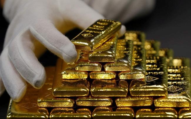 Giá vàng thế giới tăng không ngừng