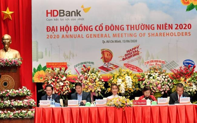 ĐHCĐ HDBank: Tiếp tục tăng trưởng bền vững, phát triển mạnh ngân hàng số và tăng vốn điều lệ lên trên 16.000 tỷ đồng trong năm nay