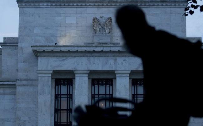 Biện pháp kích thích mới của Fed là gì mà khiến phố Wall bừng tỉnh sau cơn bán tháo?