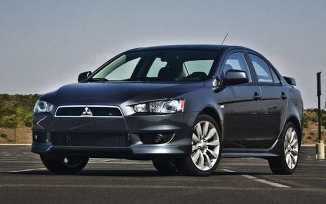 Mitsubishi triệu hồi hơn 840 xe Lancer, Pajero và i-Miev để sửa lỗi túi khí, cửa sổ trời và dây đai động cơ