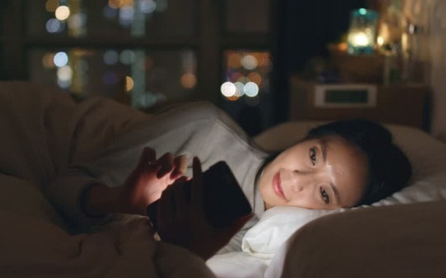 """Hễ nhắm mắt ngủ lại thấy cơ thể phản ứng theo 4 cách này chứng tỏ gan của bạn đang """"lâm nguy"""" cần được thăm khám ngay"""