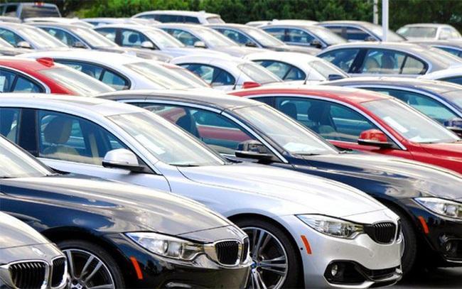 Ô tô nhập khẩu giảm nhẹ