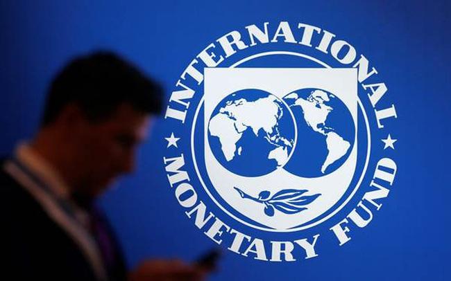 Bloomberg: IMF tiếp tục dự báo những bức tranh