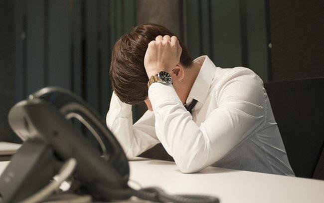 """Chàng trai lạc lõng trong chính công ty đã gắn bó 5 năm và những mâu thuẫn khó nói thành lời trước """"tuổi băm"""""""
