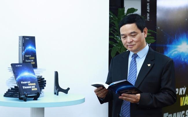 Chủ tịch tập đoàn xây dựng Hòa Bình Lê Viết Hải viết sách chiến lược phát triển ngành xây dựng; xây dựng Việt Nam vươn ra thị trường thế giới có viển vông?