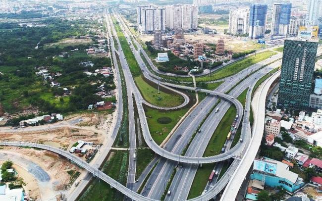 Tp.HCM: Tốc độ phát triển nhà ở dân tự xây rất lớn, hạ tầng chưa theo kịp