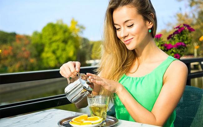 Uống 3-5 tách trà mỗi ngày còn lợi hơn cả thuốc bổ: Cơ thể nhận đủ lợi ích từ giảm nguy cơ ung thư đến tăng cường trí tuệ