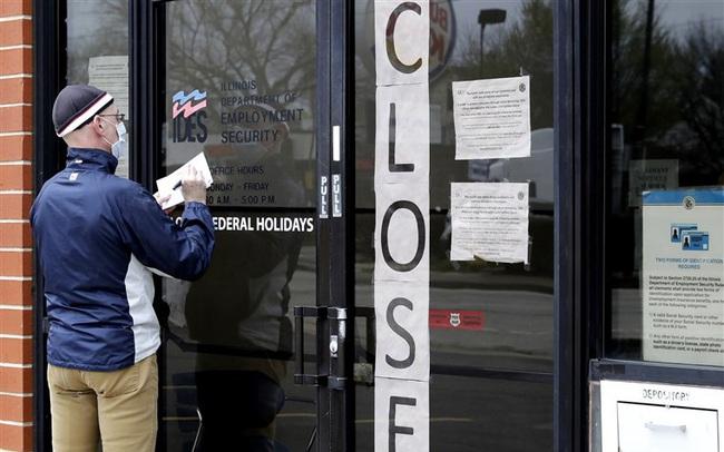 Gần một nửa dân số Mỹ thất nghiệp vì Covid-19