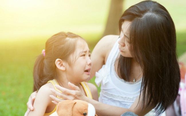 Có 1 cách dạy con cực sai lầm nhưng nhiều cha mẹ mắc phải và cần sửa đổi ngay