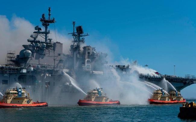 Đây là cách vụ cháy 4 ngày làm tổn hại Hạm đội Thái Bình Dương của Mỹ trong nhiều năm tới