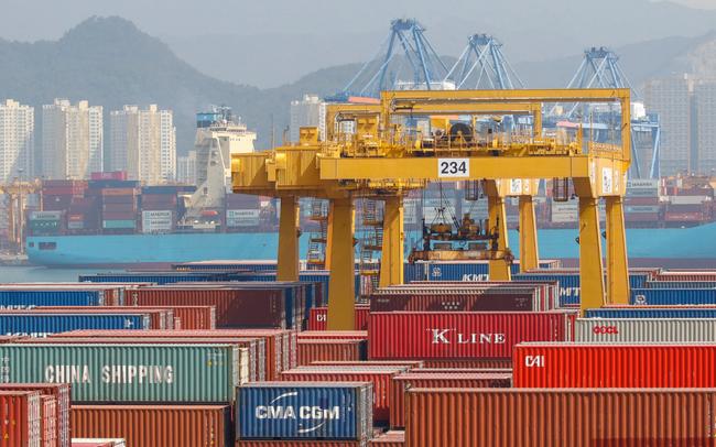 Kinh tế Hàn Quốc chính thức rơi vào suy thoái sau 17 năm