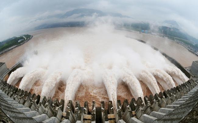 Trung Quốc cảnh báo lũ lụt tồi tệ hơn có thể xảy ra trong vài ngày tới