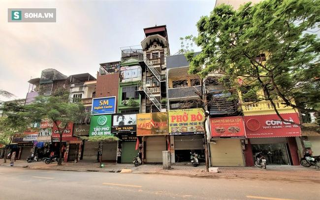 """Nghịch lý của những ngôi nhà mặt phố tiền tỷ ở con đường thời trang """"hot"""" nhất nhì Hà Nội"""