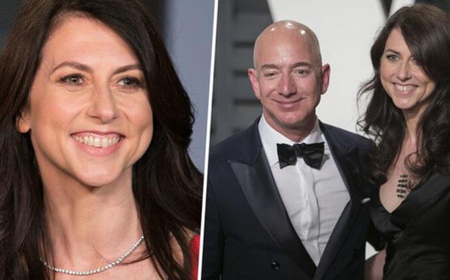 Vươn lên top những người phụ nữ giàu nhất thế giới sau khi ly hôn, vợ cũ tỷ phú Amazon dành hơn 39 nghìn tỷ đồng để thực hiện lời hứa