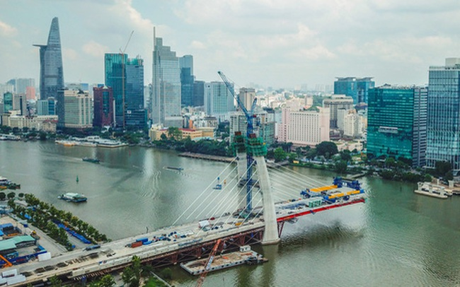 Cầu Thủ Thiêm 2 vươn mình ra sông Sài Gòn, lộ hình dáng khi nhìn từ trên cao