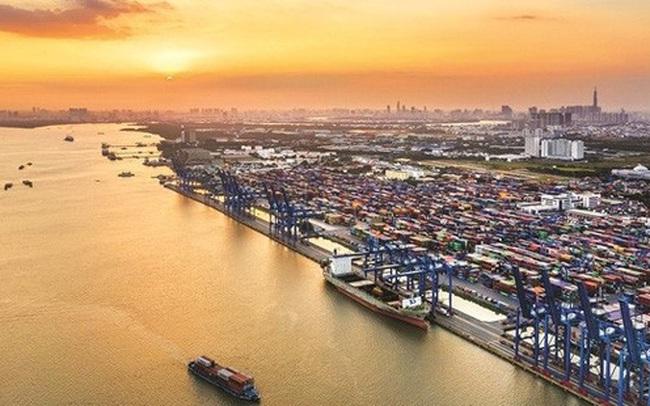 """""""Nhiều đầu tàu công nghiệp chạy chậm lại, Việt Nam cần tạo động lực tăng trưởng mới"""""""