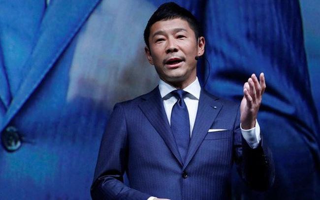 """Tỷ phú Nhật tặng 9 triệu USD cho người theo dõi trên Twitter để """"đo lường"""" hạnh phúc"""