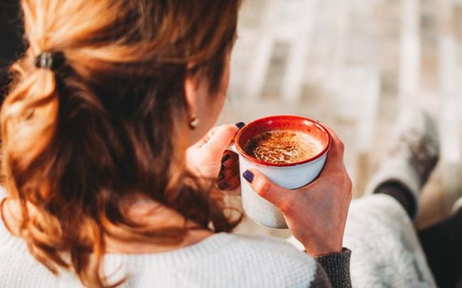 5 nhóm người nên cẩn trọng khi uống cà phê để tránh gặp rắc rối tới sức khoẻ