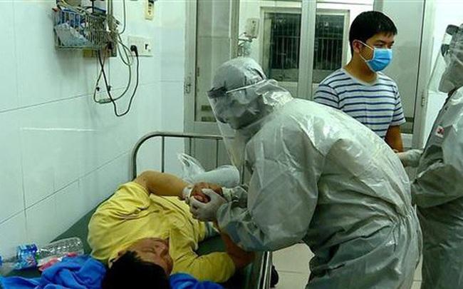 Phó thủ tướng: Kích hoạt trung tâm khẩn cấp của Bộ Y tế để đối phó virus corona, kiên quyết không để dịch lây lan
