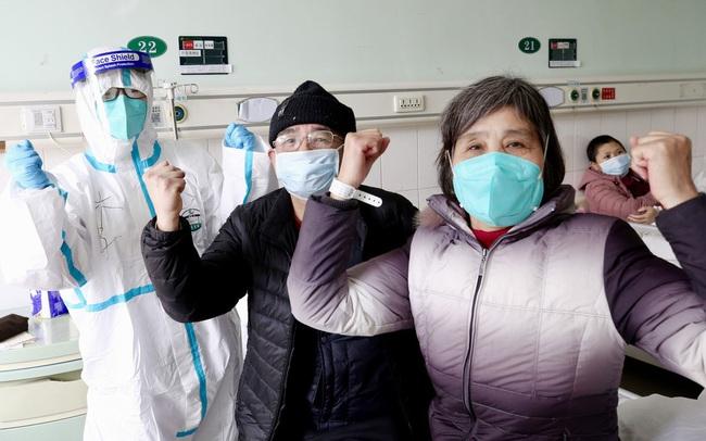 Trung Quốc: Nhóm 20 bệnh nhân virus Corona đầu tiên phục hồi và xuất viện tại Vũ Hán
