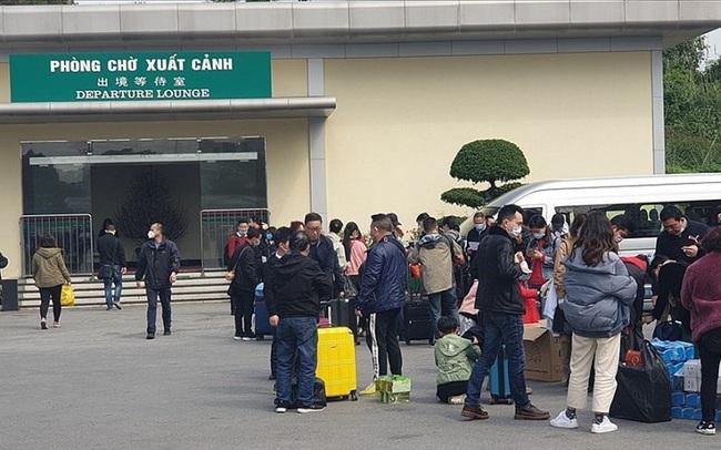 Tạm dừng cấp phép lao động Trung Quốc vào Việt Nam làm việc