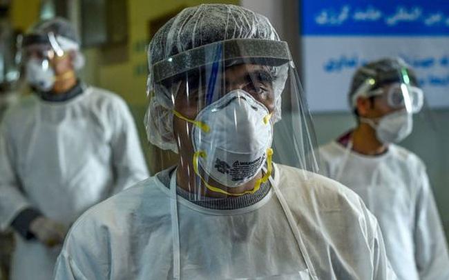 Những người thường xuyên mắc viêm phổi có dễ nhiễm virus corona hơn người bình thường không? Câu trả lời của chuyên gia sẽ khiến bạn phải giật mình!
