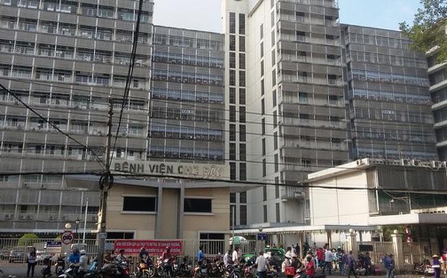 Thang máy bị đứt cáp rơi tự do trong khu nhà ở Sài Gòn, 1 người tử vong, 2 người bị thương  Thang máy bị đứt cáp rơi tự do trong khu nhà ở Sài Gòn, 1 người tử vong, 2 người bị thương photo1581242114437 1581242114589 crop 15812421330021583941155