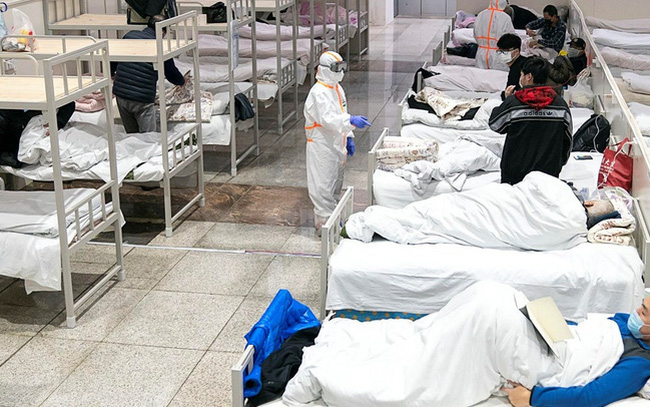 Cẩn trọng trước 10 thói quen tai hại khiến virus corona Vũ Hán lây lan nhanh không tưởng