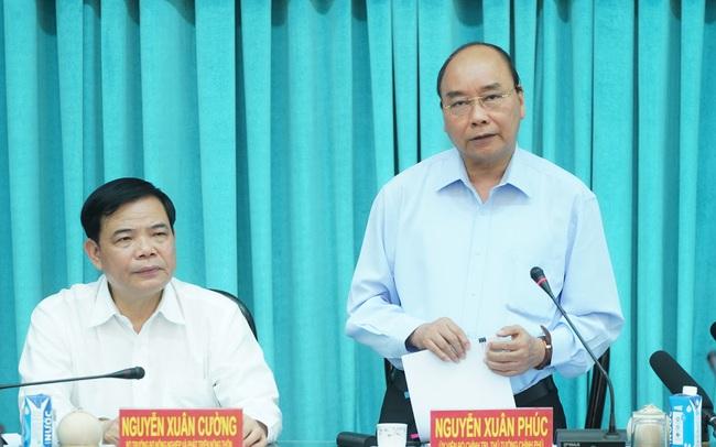 Thủ tướng: Vaccine có sẵn của Việt Nam là tinh thần kiên cường, vượt khó