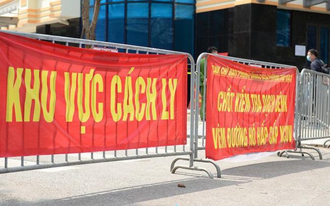 Quảng Ninh phong tỏa 5 khu vực và 18 tàu du lịch liên quan đến 4 du khách nhiễm Covid-19  Quảng Ninh phong tỏa 5 khu vực và 18 tàu du lịch liên quan đến 4 du khách nhiễm Covid-19 photo1583712637234 1583712637552 crop 15837126637931242360704